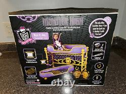 Monster High Dead Tired Clawdeen Wolf Bunk Bed Room to Howl Playset 2011 New