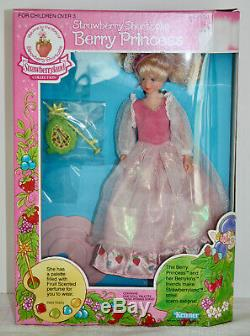 NWT Ultra Rare Strawberry Shortcake Berrykin Complete Collection 7 Dolls MISB