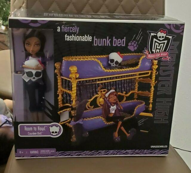 Ultra Rare Monster High Clawdeen Wolf Room To Howl Bunk Bed & Dead Tired Set