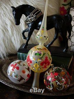 Ultra RARE Vintage GUCCI Christmas Holiday Hand painted Glass Ornaments /Box GG