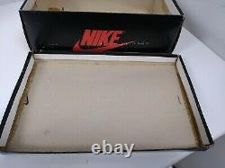 Ultra Rare Vintage 1985 Sky Jordan I Empty Box Nike 19182 Size 6 White UNC