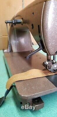 Ultra Rare Vintage Union Special Saddle Stitch Industrial Sewing Machine