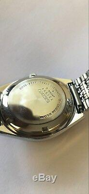 Vintage Ultra Rare Seiko 4826-9000 First Solar Watch 7 Jewels Excellent Conditio