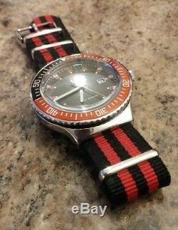 Vintage Ultra Rare Timex Reissue Submariner 100M Men's Divers Watch BRAND NEW
