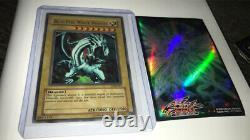Yugioh Blue Eyes White Dragon LOB-001 Ultra Rare Not 1st Edition Vintage